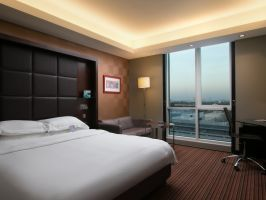 Hotel Raddison Blu Hotel Dubai Media City image