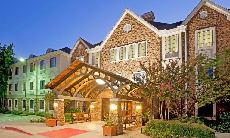 https://www.hotelsbyday.com/_data/default-hotel_image/3/15060/rg.png