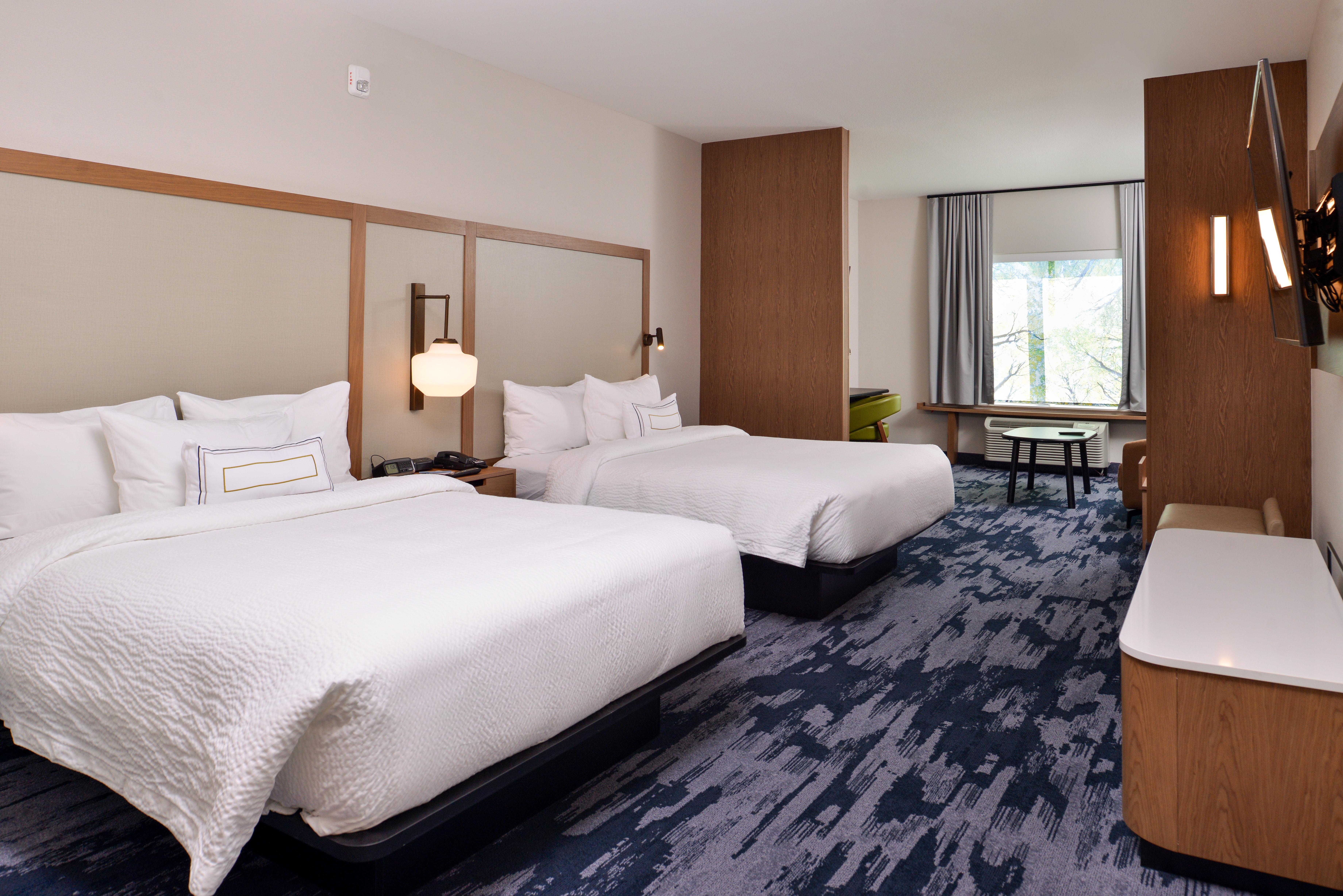 https://www.hotelsbyday.com/_data/default-hotel_image/3/15065/fis-mspfk-2queensuit-97gy6.jpg
