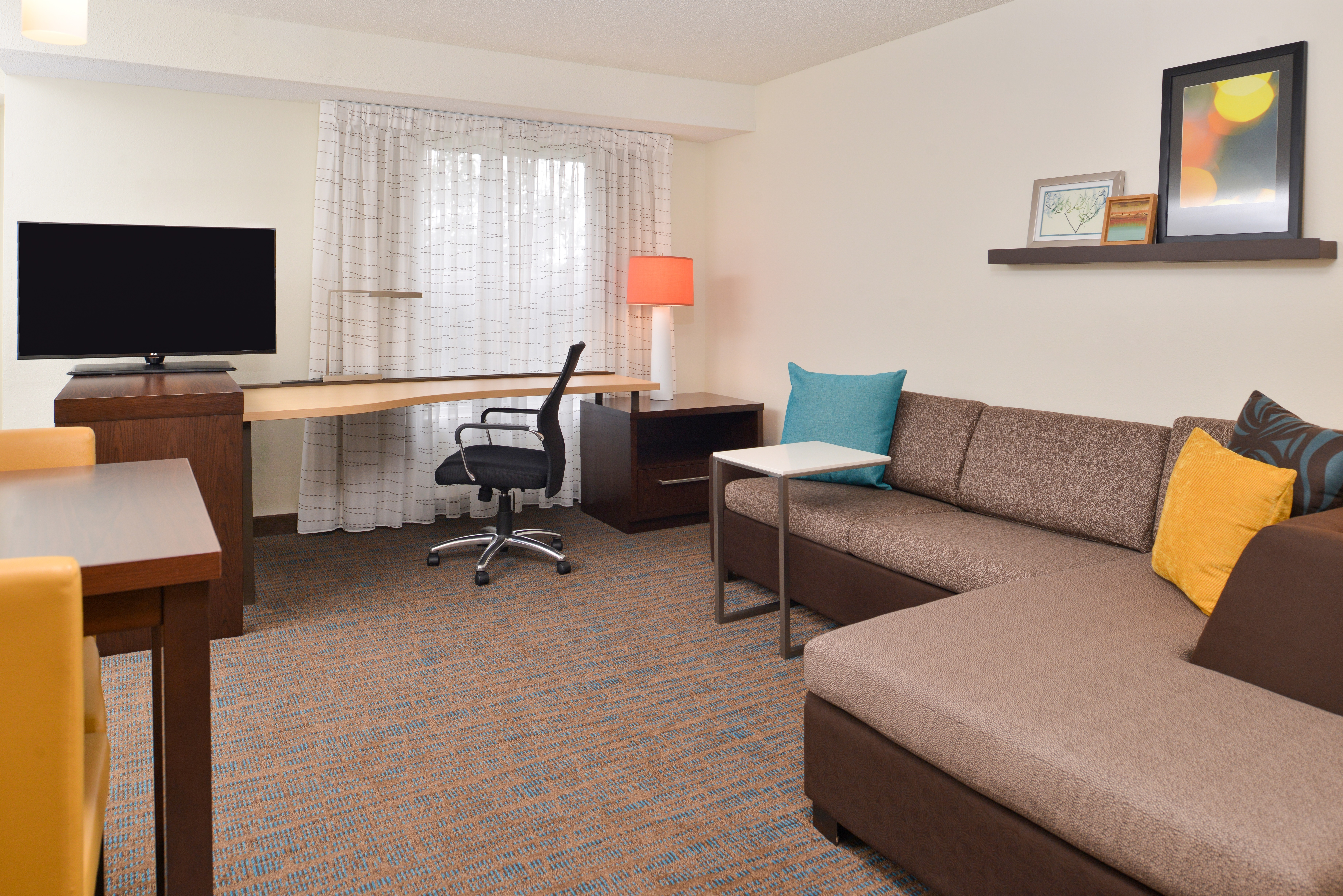 https://www.hotelsbyday.com/_data/default-hotel_image/3/15397/ri-sgfbr-studio2.jpg