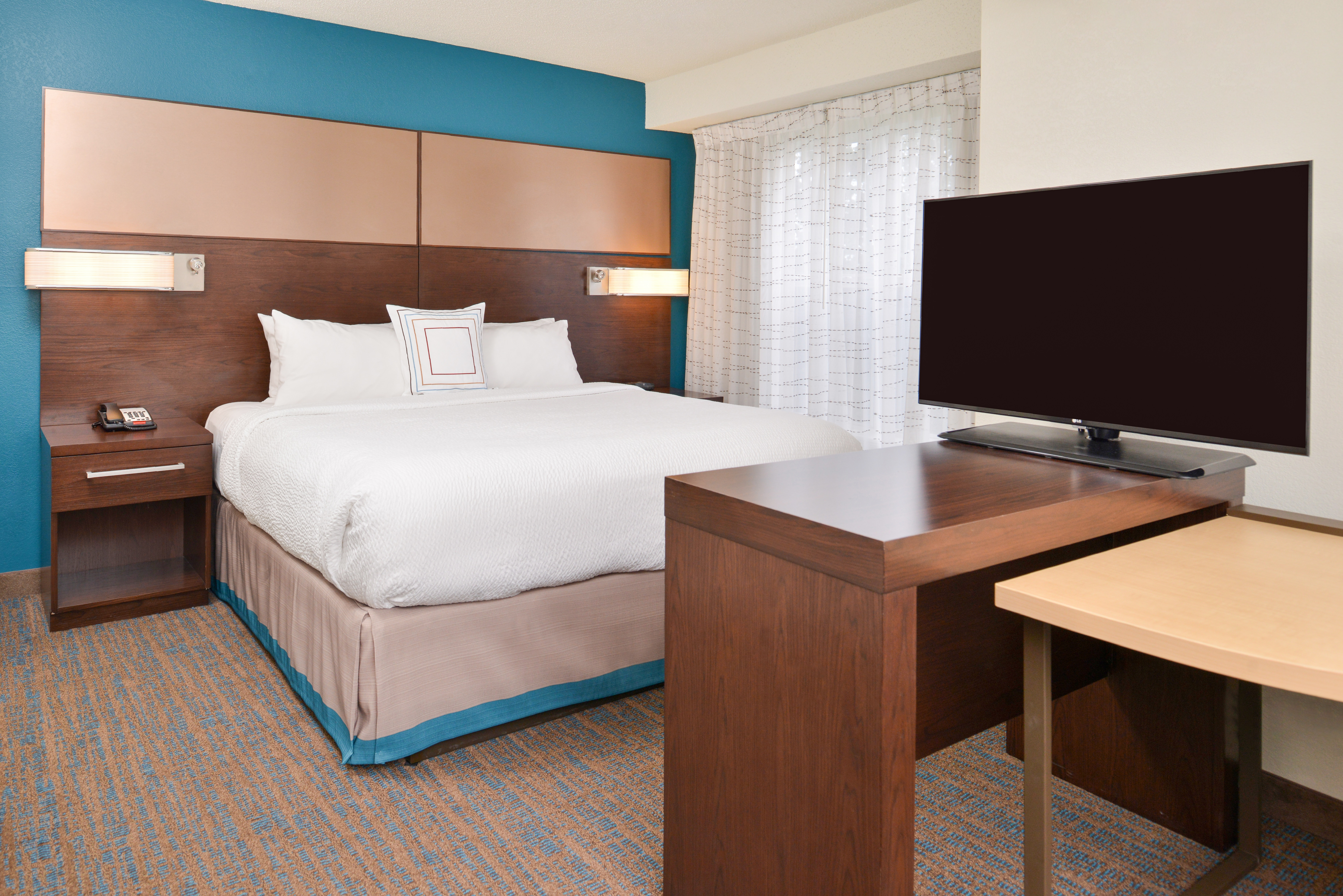 https://www.hotelsbyday.com/_data/default-hotel_image/3/15409/ri-sgfbr-studio1.jpg