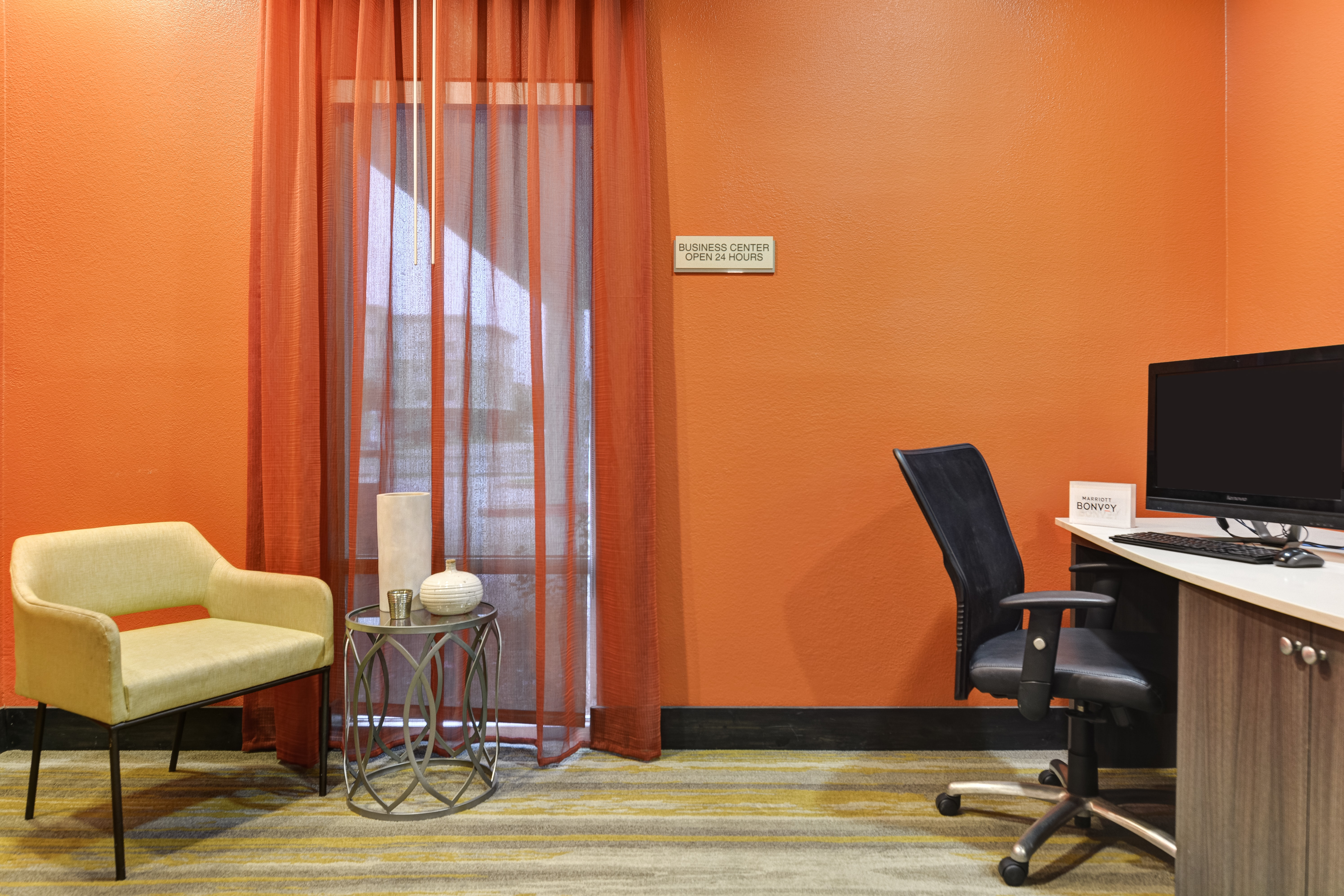 https://www.hotelsbyday.com/_data/default-hotel_image/3/15455/springhill-suites-bo-osdwv.jpg