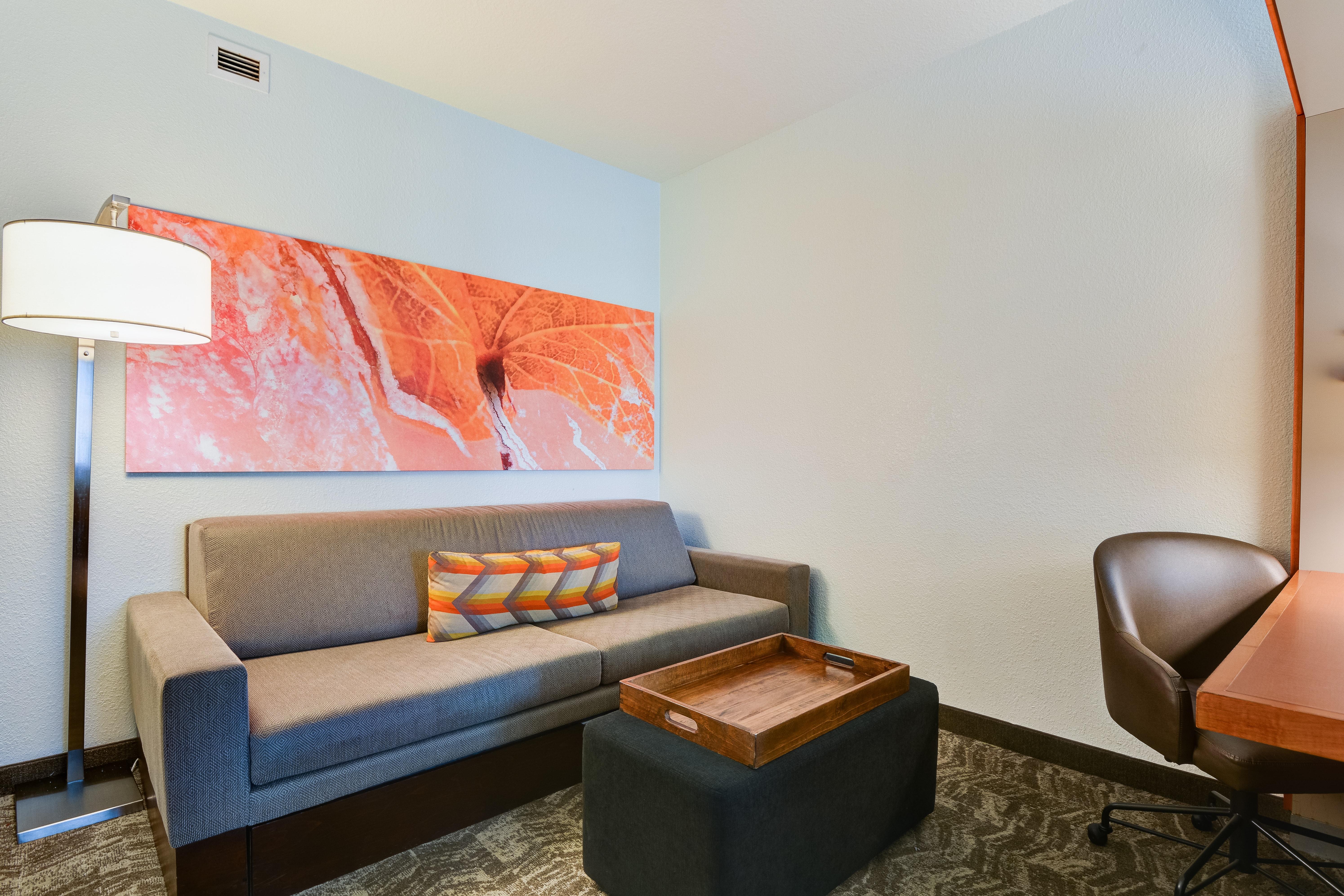 https://www.hotelsbyday.com/_data/default-hotel_image/3/15463/springhill-suites-bo-uzanc.jpg