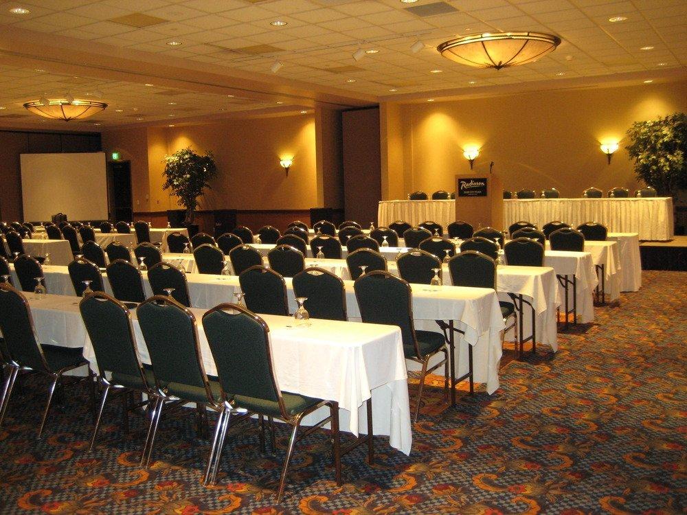 https://www.hotelsbyday.com/_data/default-hotel_image/3/15526/dvpt-48630113-meeting-room-1000x750-72dpi.jpg