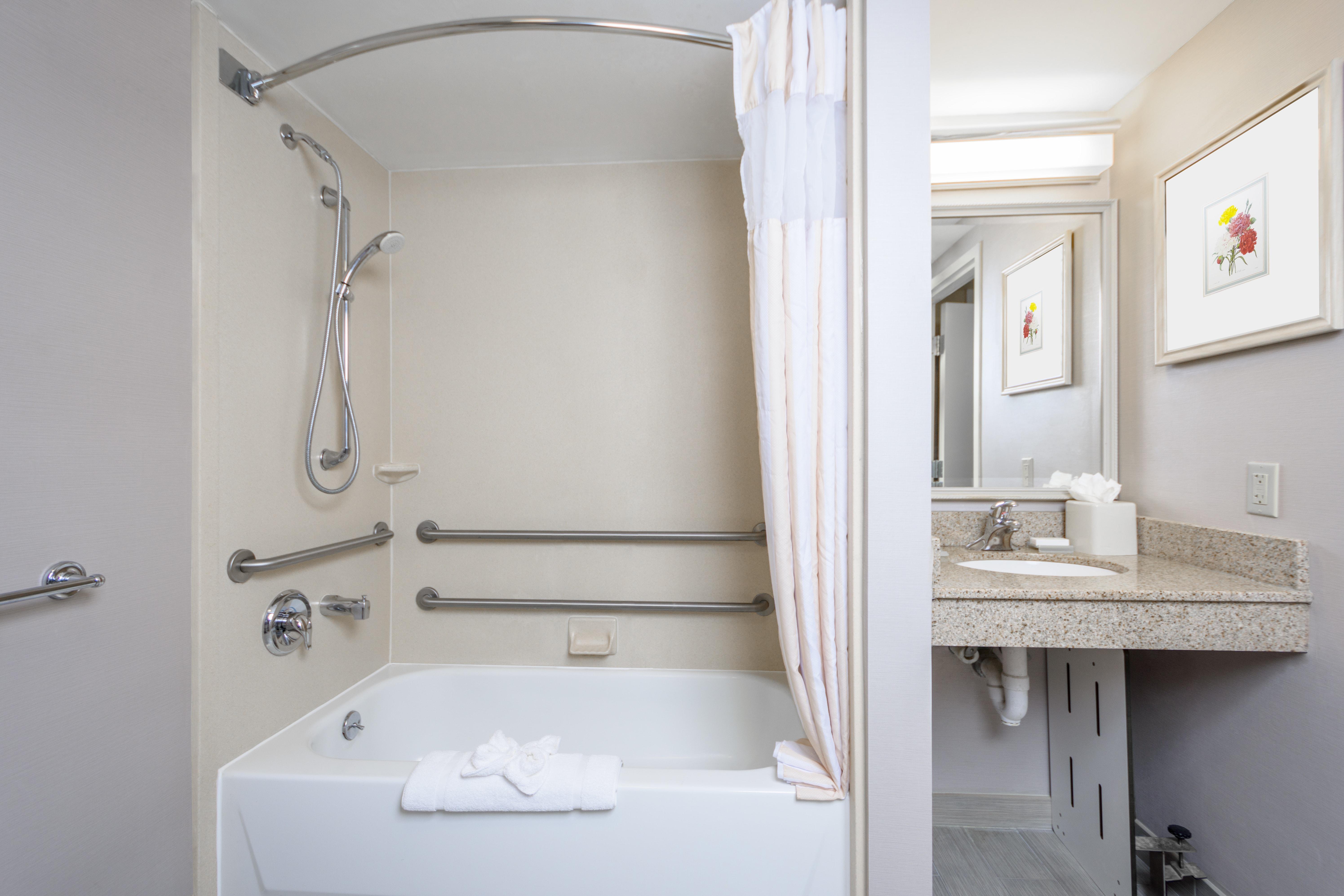 https://www.hotelsbyday.com/_data/default-hotel_image/3/16031/dsc-6740-hdra.jpg