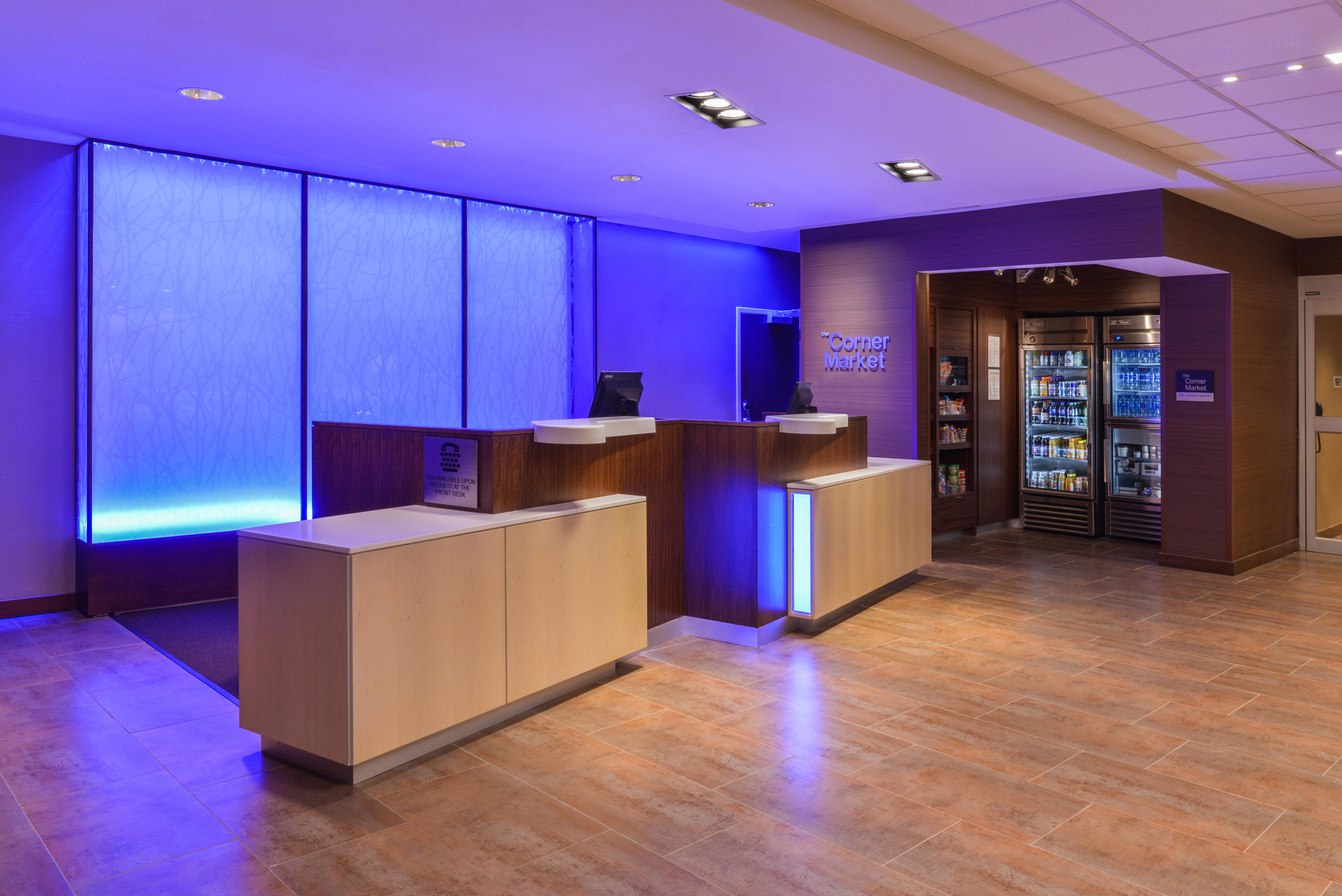 https://www.hotelsbyday.com/_data/default-hotel_image/3/16086/fis-cidco-frontdesk1.jpg