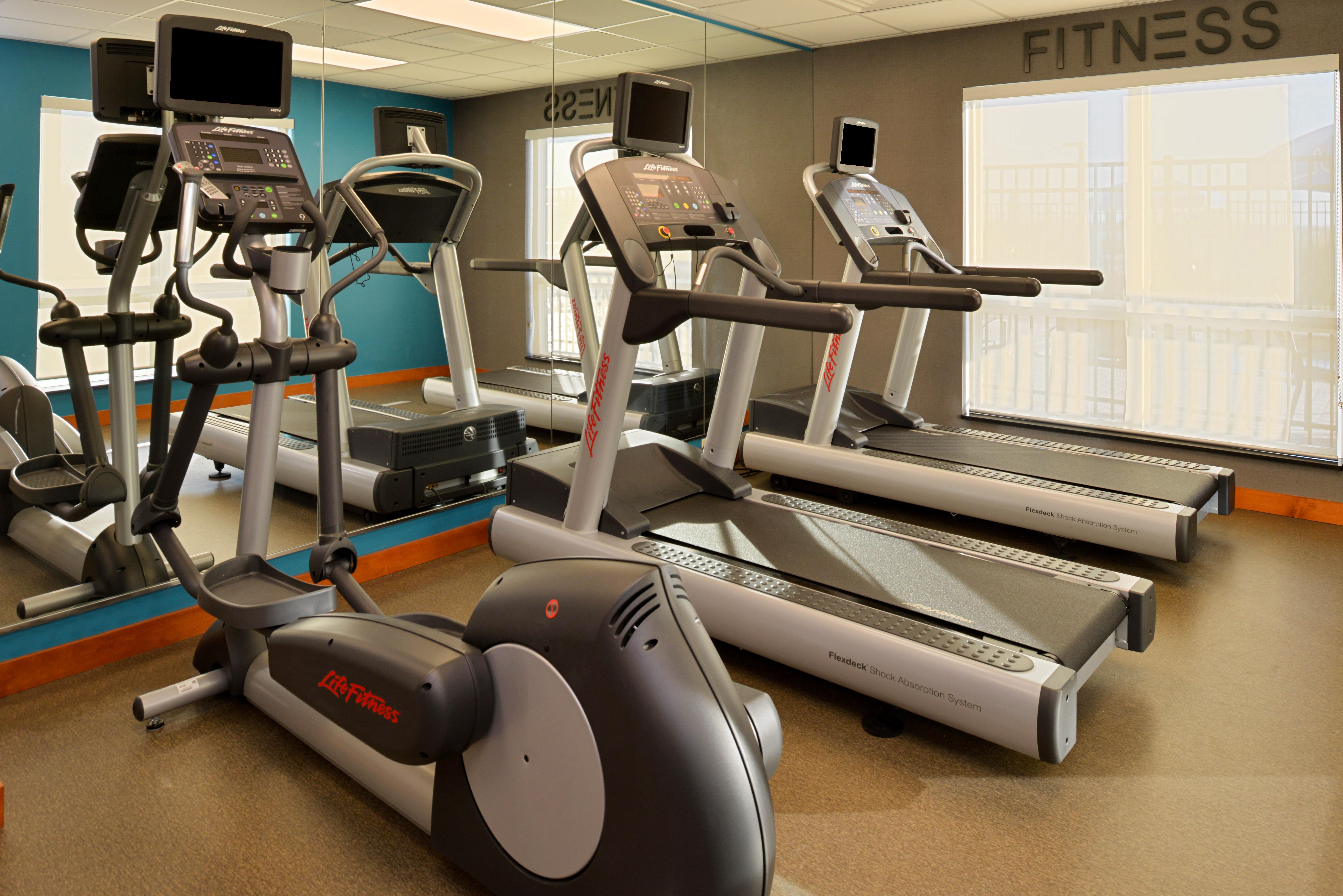 https://www.hotelsbyday.com/_data/default-hotel_image/3/16132/fis-hgrmb-fitnesscen-8wzp6.jpg