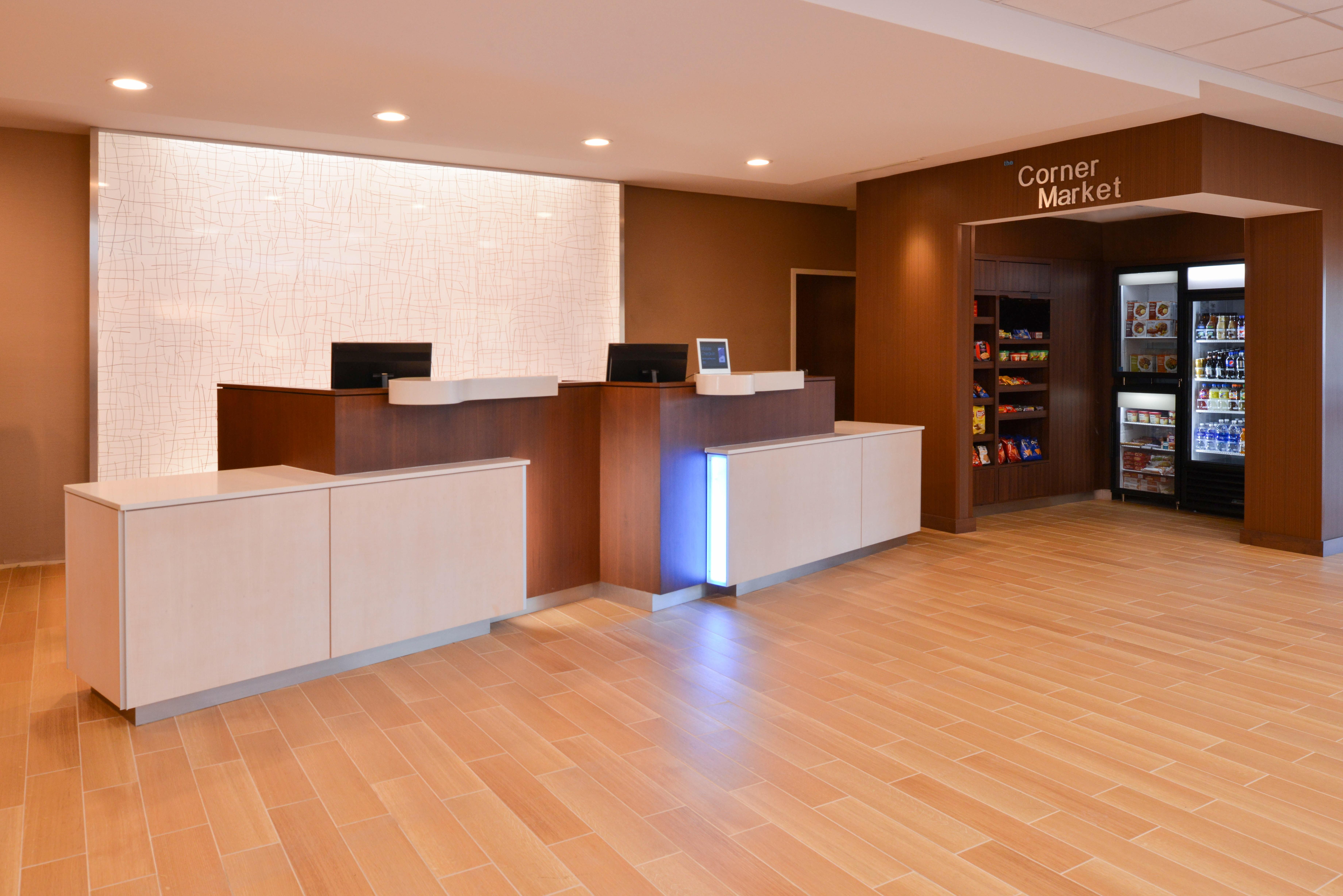 https://www.hotelsbyday.com/_data/default-hotel_image/3/16148/fis-hgrmb-lobby4.jpg