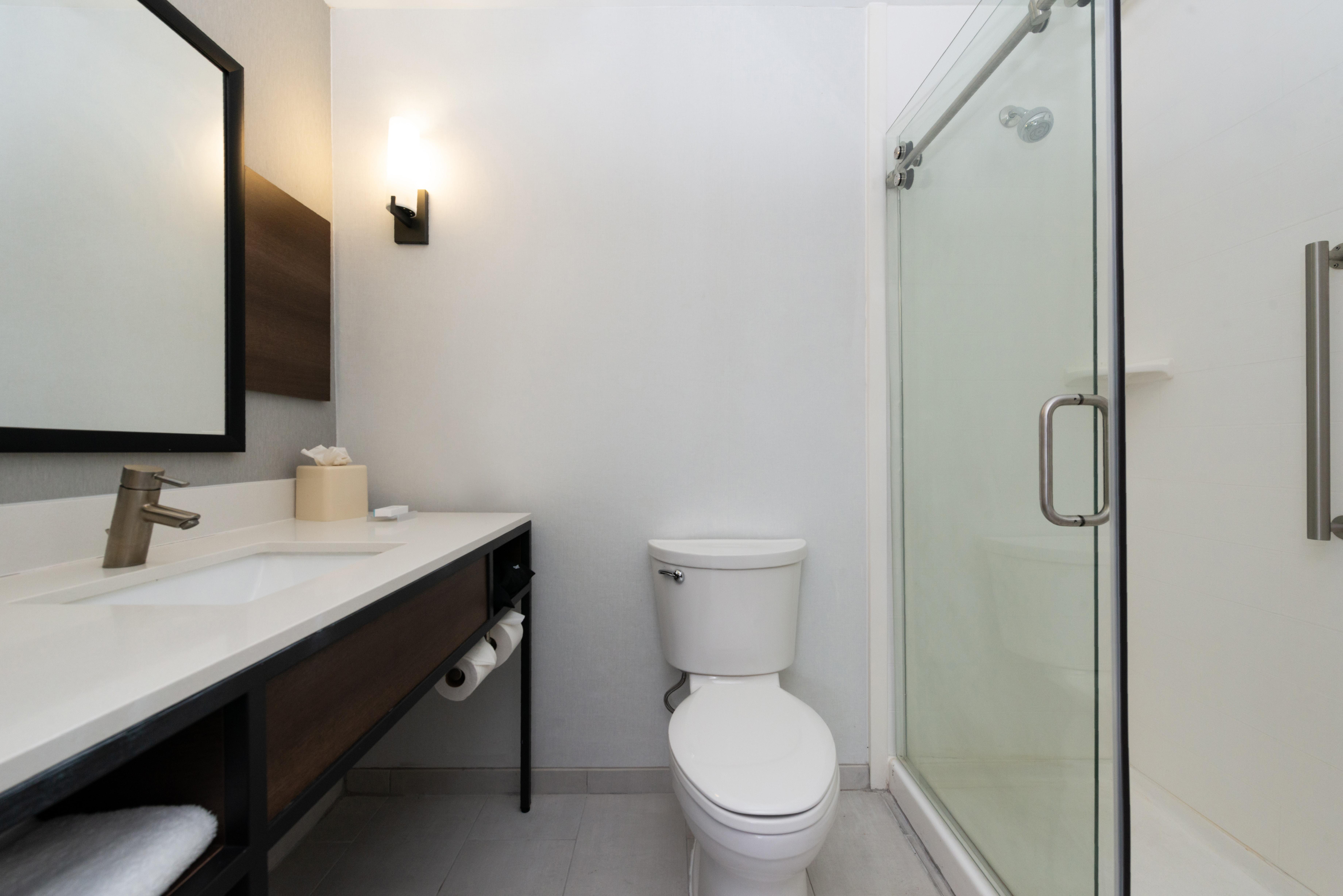 https://www.hotelsbyday.com/_data/default-hotel_image/3/16207/btrgigi-bathroom2.jpg