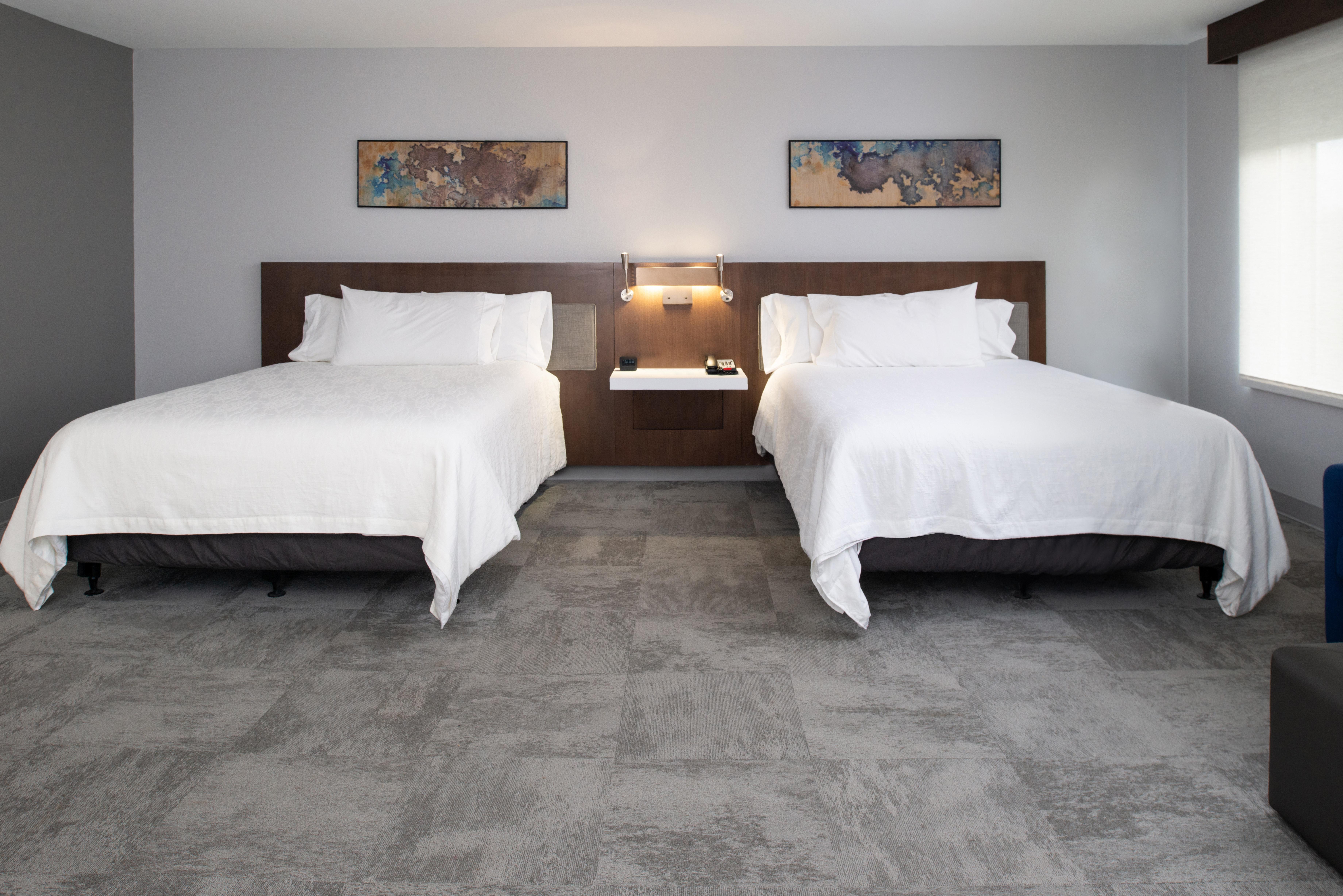 https://www.hotelsbyday.com/_data/default-hotel_image/3/16209/btrgigi-2queensuite3.jpg