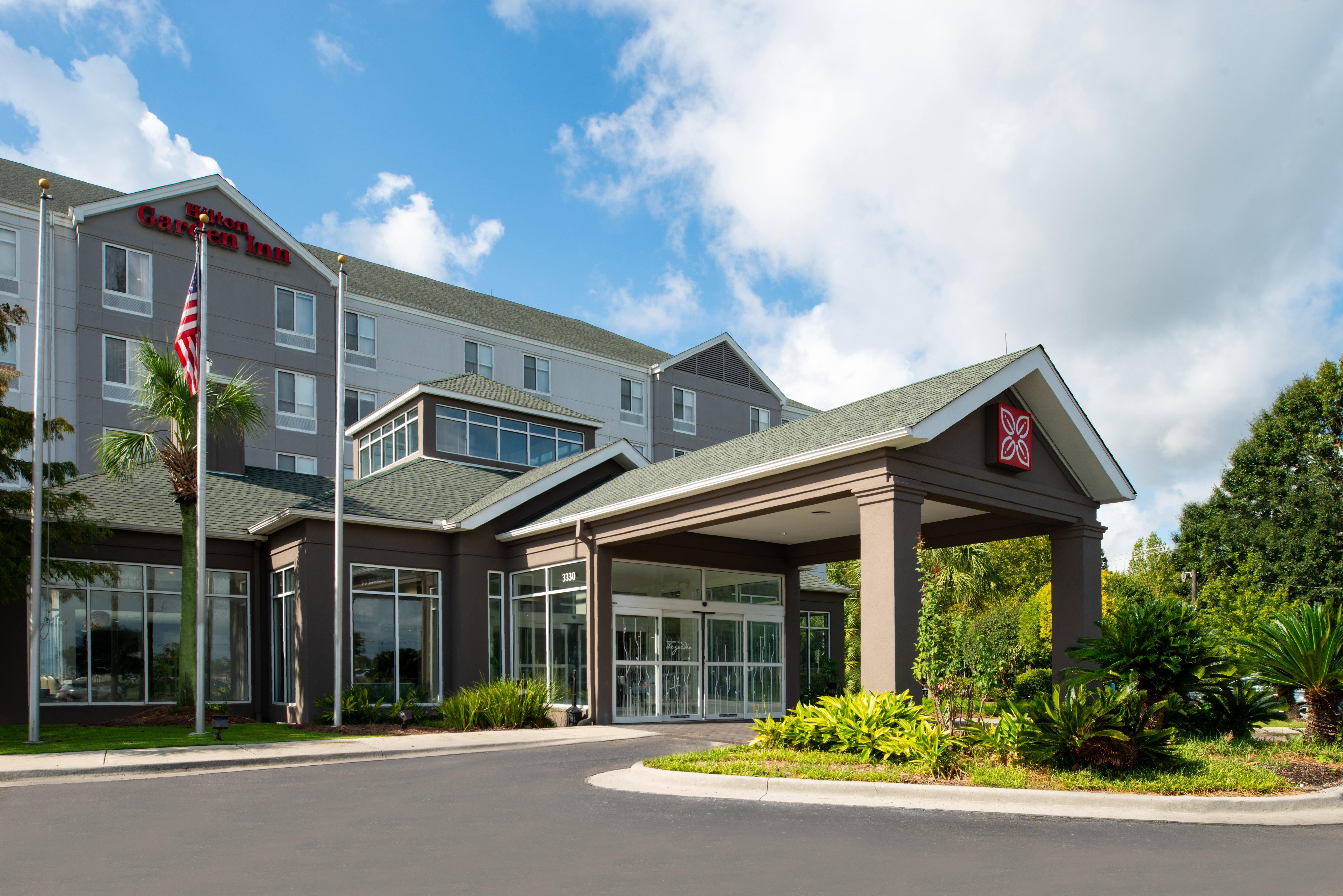 https://www.hotelsbyday.com/_data/default-hotel_image/3/16217/btrgigi-exterior2.jpg