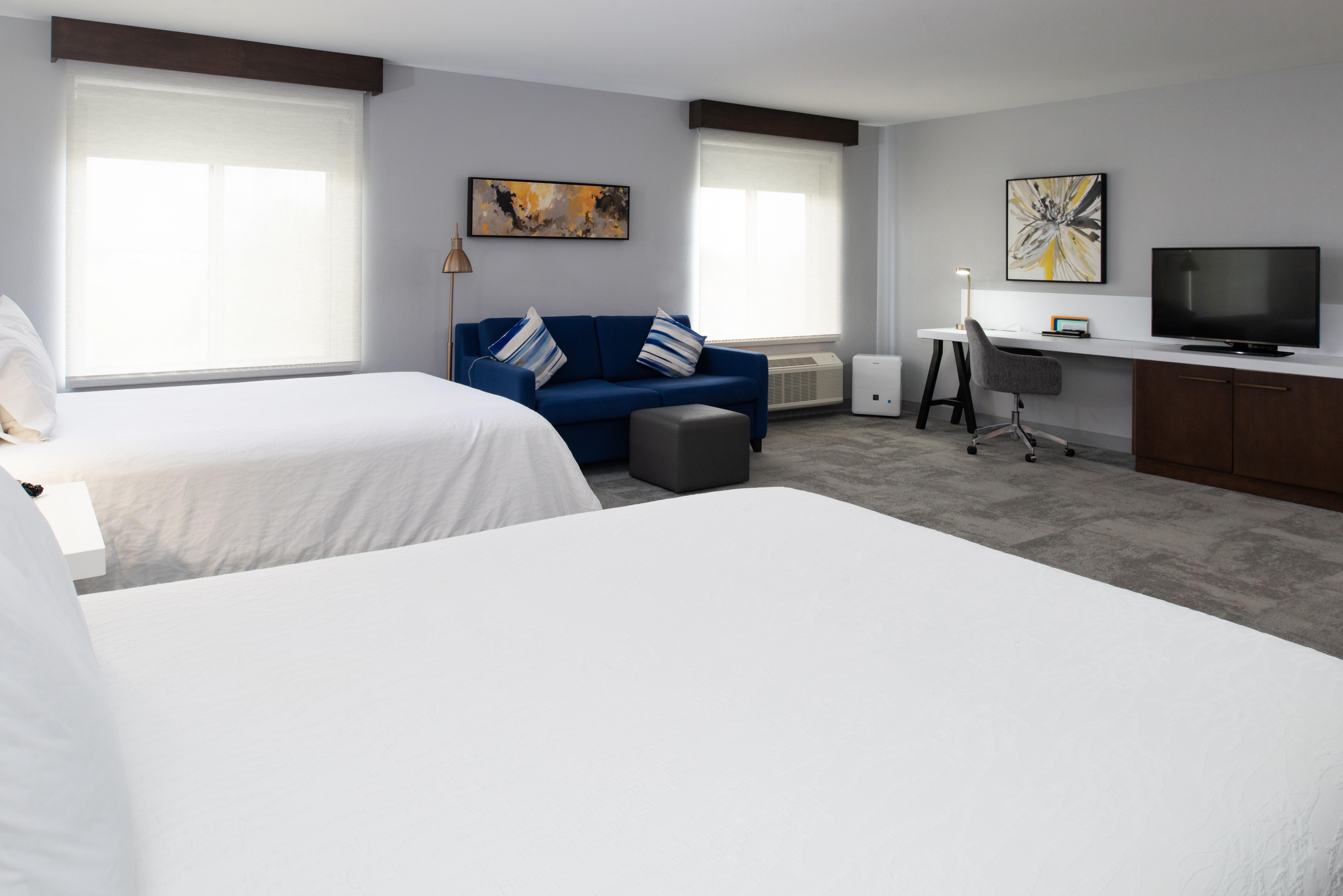 https://www.hotelsbyday.com/_data/default-hotel_image/3/16245/btrgigi-2queensuite2.jpg
