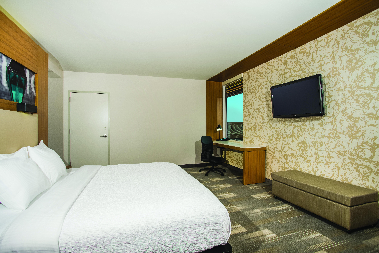 https://www.hotelsbyday.com/_data/default-hotel_image/3/16322/7185-kh2.jpg