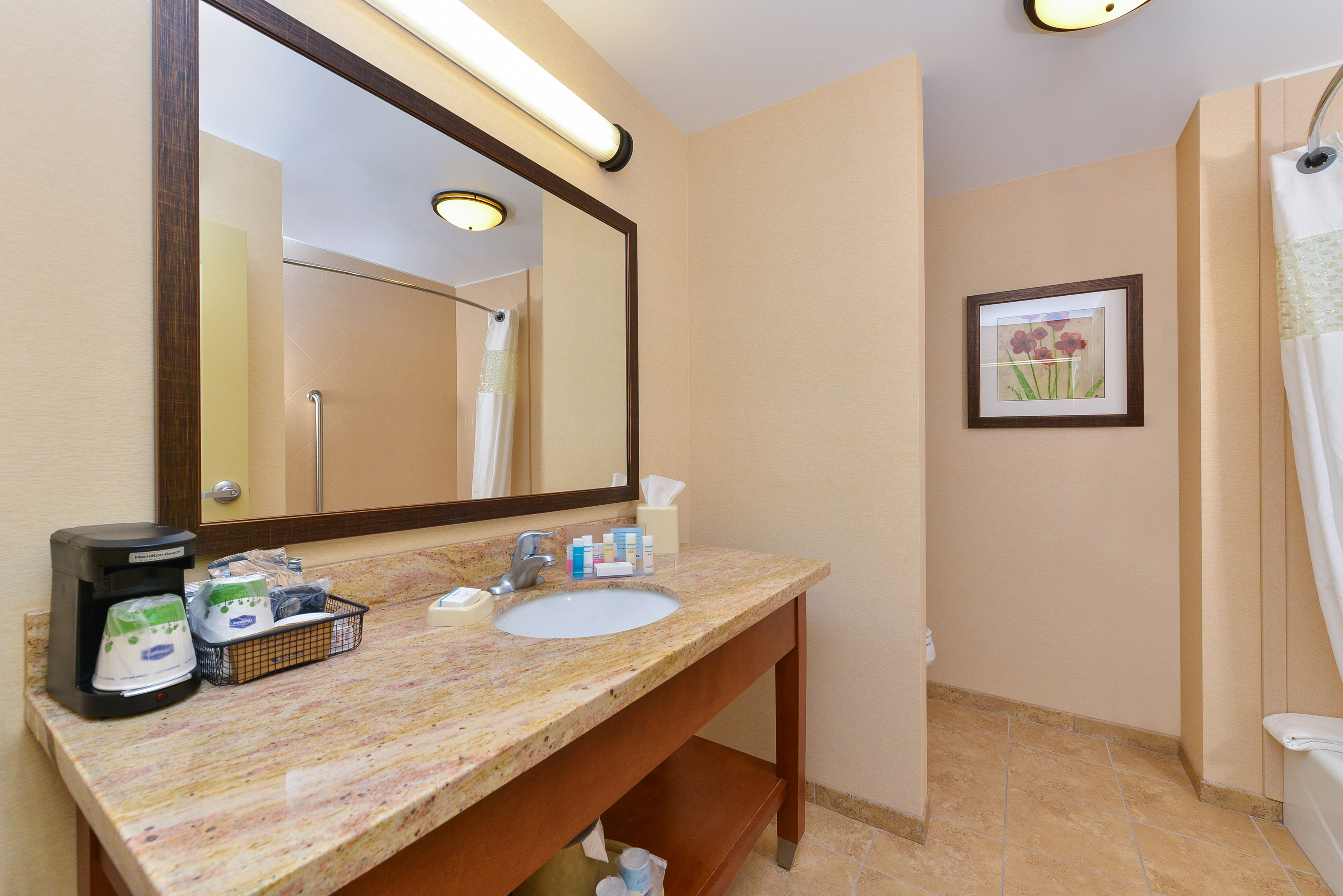 https://www.hotelsbyday.com/_data/default-hotel_image/3/16344/dsc-4350.jpg