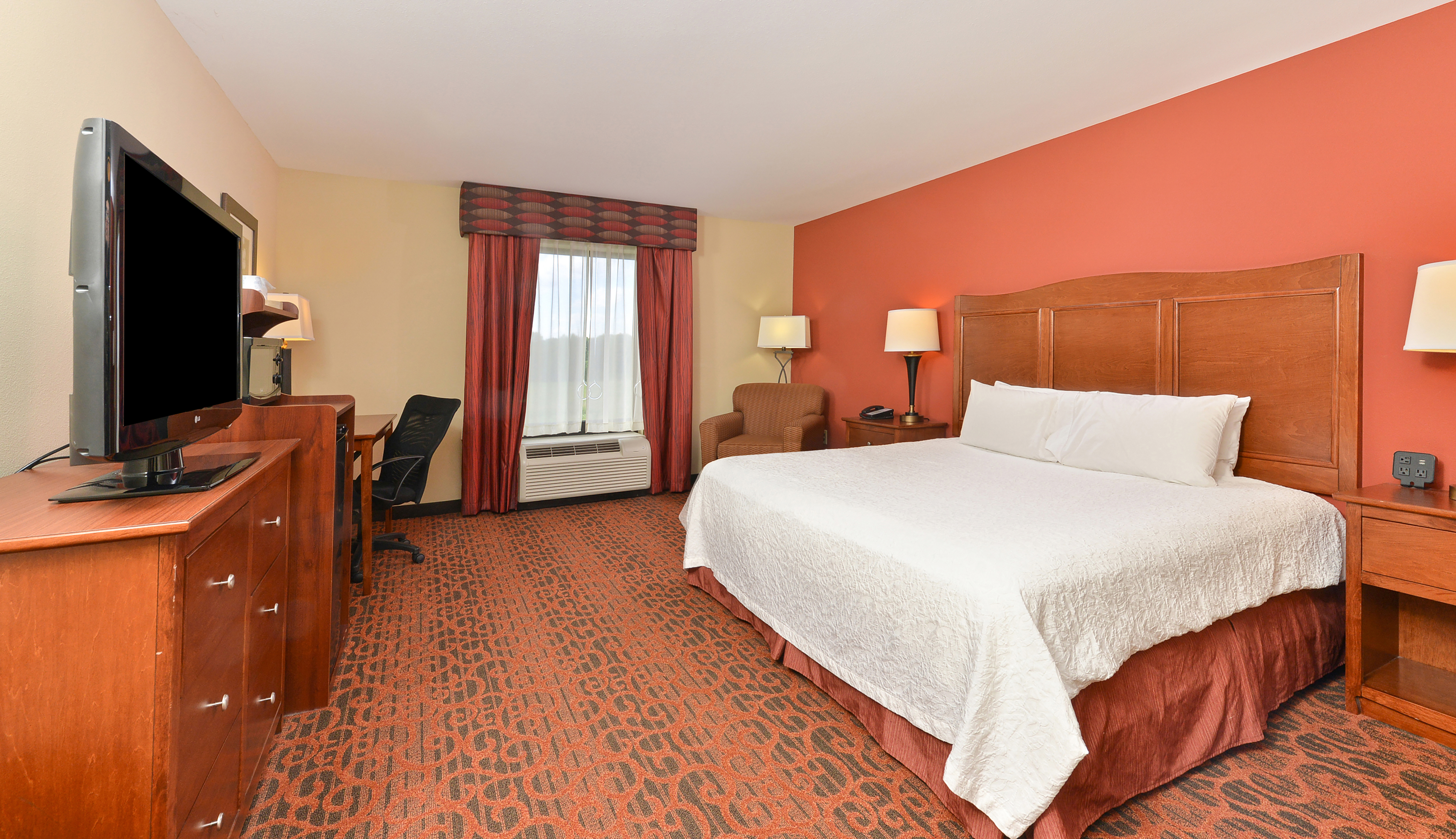 https://www.hotelsbyday.com/_data/default-hotel_image/3/16346/dsc-5867cropped.jpg