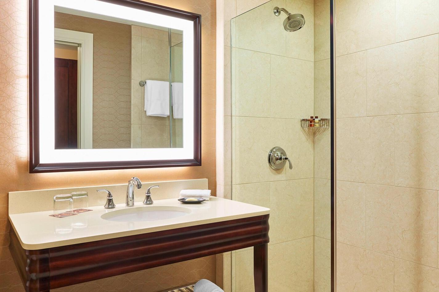 https://www.hotelsbyday.com/_data/default-hotel_image/3/16444/screenshot-2020-04-07-at-4-17-34-pm.png