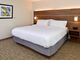 Hotel Holiday Inn Express & Suites Ottumwa image