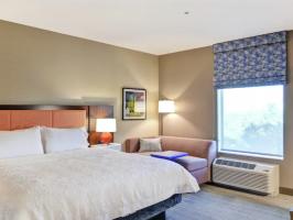 Hotel Hampton Inn & Suites Tucson Tech Park image