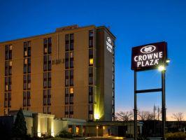 Hotel Crowne Plaza Newark Airport image