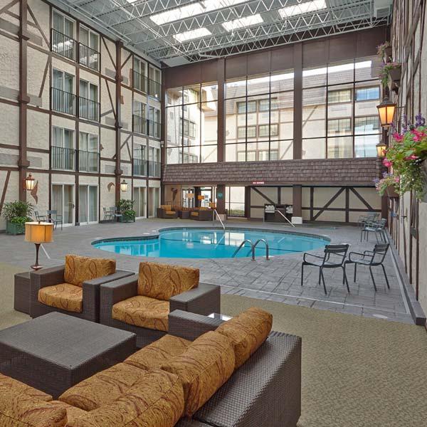 https://www.hotelsbyday.com/_data/default-hotel_image/3/17240/amenities-images-600x600px-02.jpg