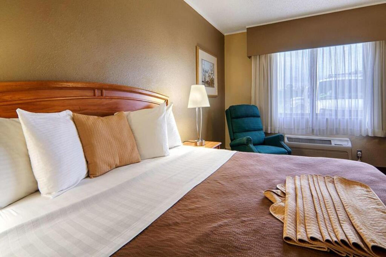 https://www.hotelsbyday.com/_data/default-hotel_image/3/17267/4.jpg
