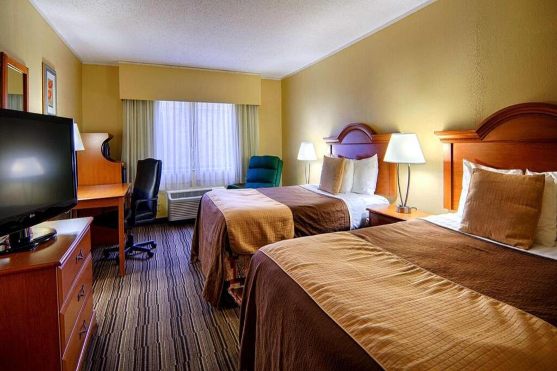 https://www.hotelsbyday.com/_data/default-hotel_image/3/17268/2.jpg