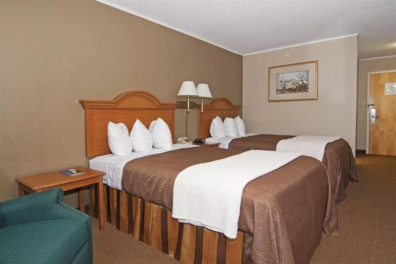 https://www.hotelsbyday.com/_data/default-hotel_image/3/17273/5.jpg
