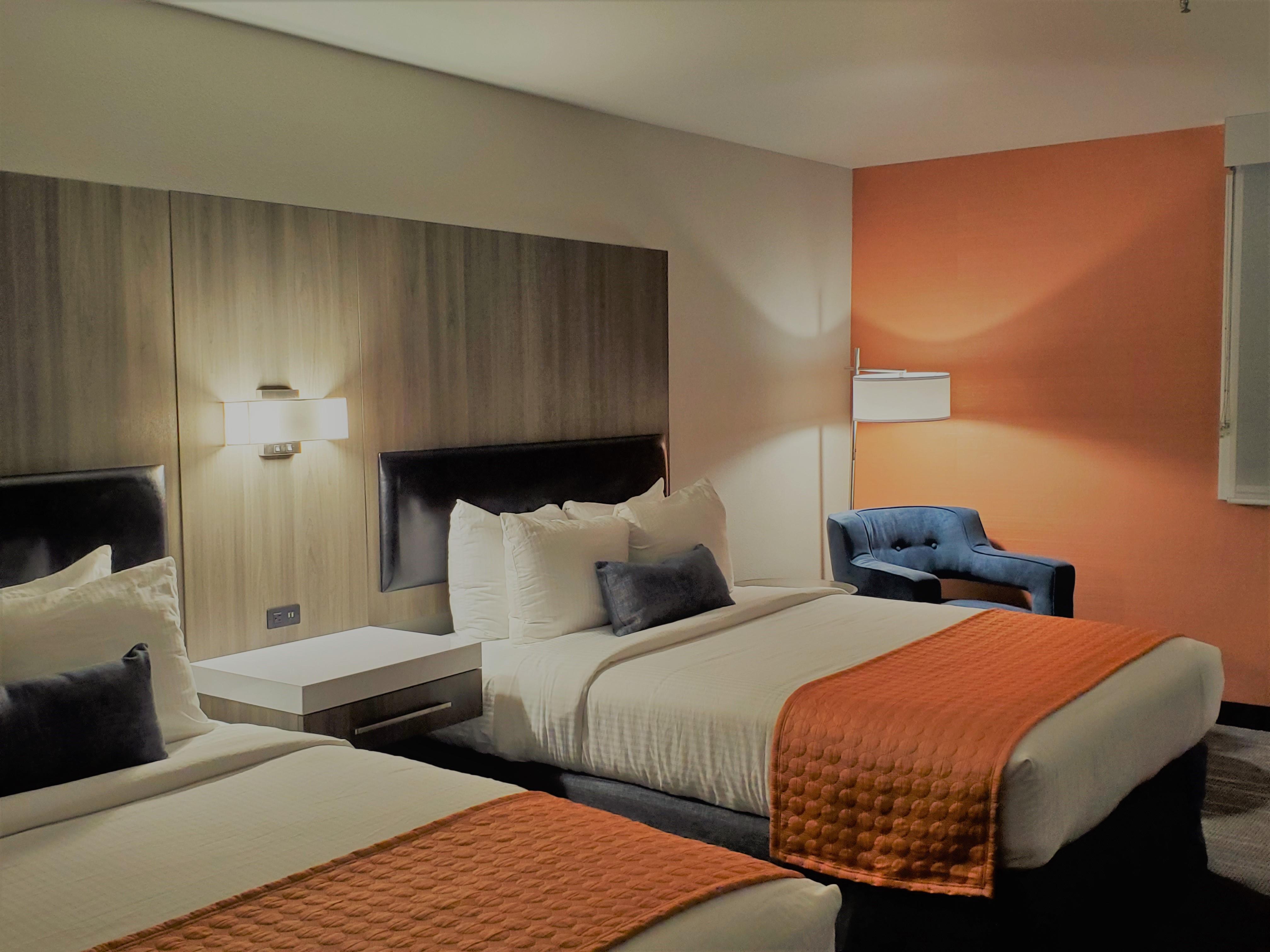 https://www.hotelsbyday.com/_data/default-hotel_image/3/17515/qq.jpg