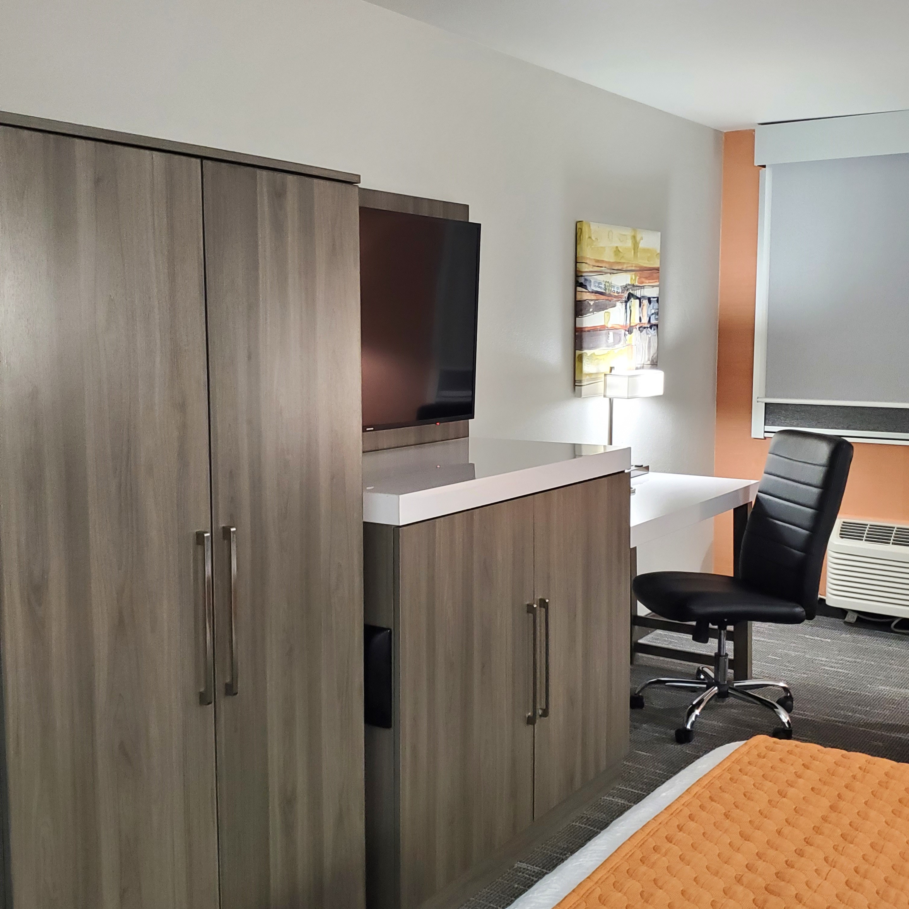 https://www.hotelsbyday.com/_data/default-hotel_image/3/17524/addition-2.jpg