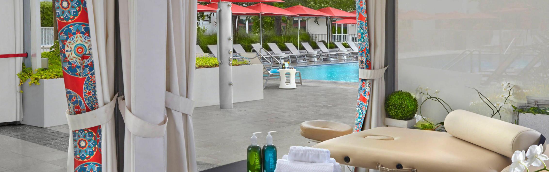 https://www.hotelsbyday.com/_data/default-hotel_image/3/17703/screenshot-2020-06-08-at-4-37-02-pm.png