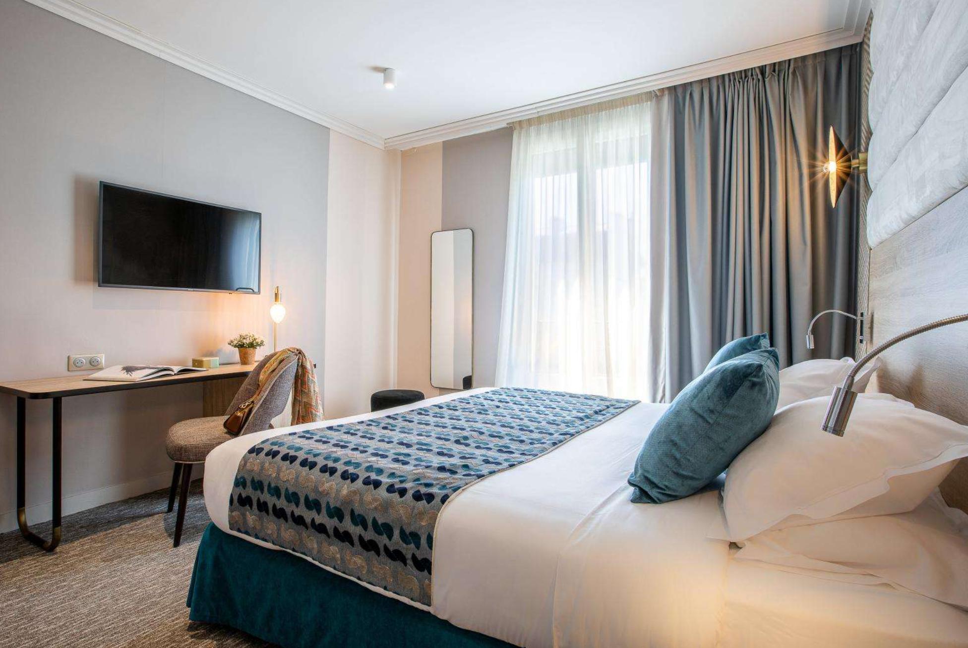 https://www.hotelsbyday.com/_data/default-hotel_image/3/17763/screenshot-2020-06-09-at-11-34-14-am.png