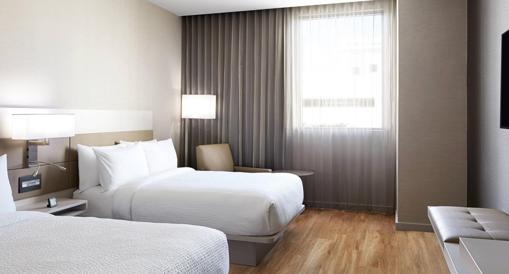 https://www.hotelsbyday.com/_data/default-hotel_image/3/17775/screenshot-2020-06-09-at-11-59-26-am.png