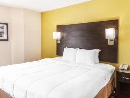 Hotel Baymont By Wyndham Newark At University Of Delaware image