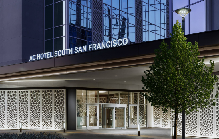 AC Hotel By Marriott SFO/Oyster Point Waterfront, South San Francisco