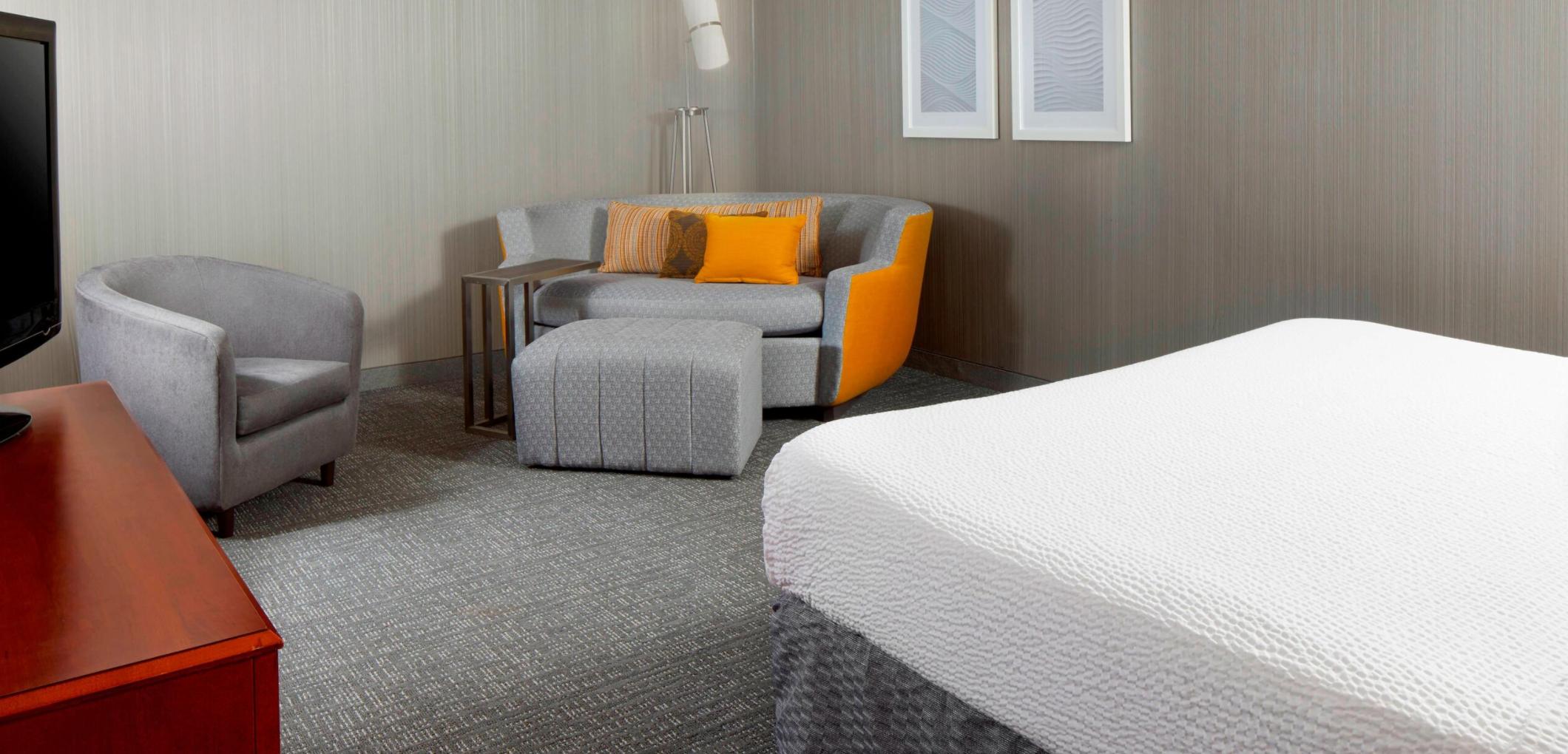 https://www.hotelsbyday.com/_data/default-hotel_image/3/17903/screenshot-2020-06-10-at-3-38-42-pm.png