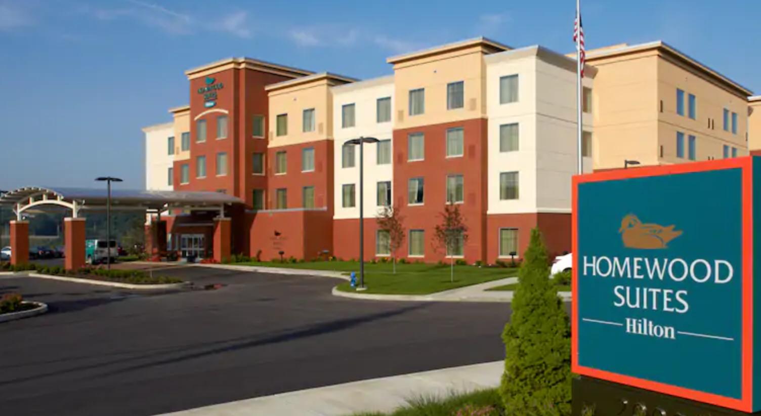 https://www.hotelsbyday.com/_data/default-hotel_image/3/17968/screenshot-2020-06-10-at-5-04-55-pm.png