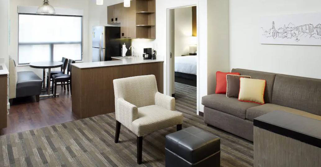https://www.hotelsbyday.com/_data/default-hotel_image/3/18005/screenshot-2020-06-10-at-5-51-19-pm.png