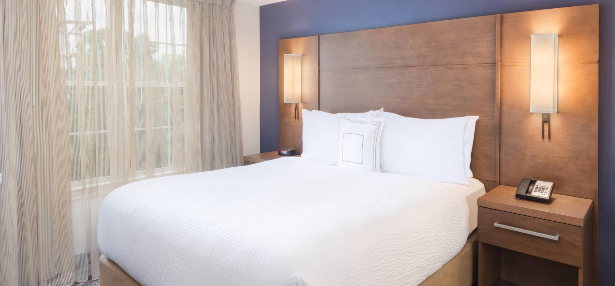 https://www.hotelsbyday.com/_data/default-hotel_image/3/18043/screenshot-2020-06-10-at-6-28-46-pm.png