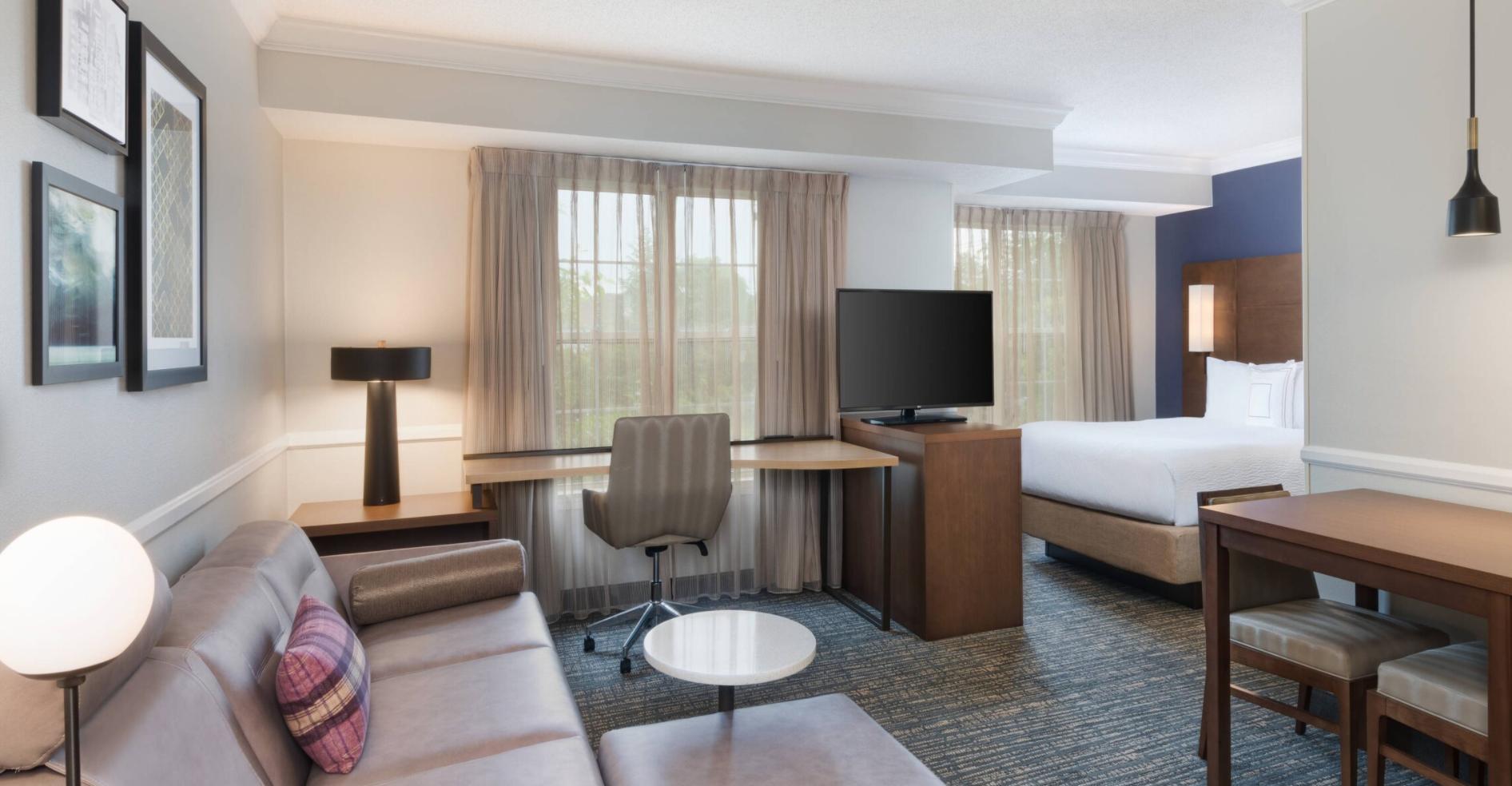 https://www.hotelsbyday.com/_data/default-hotel_image/3/18048/screenshot-2020-06-10-at-6-28-12-pm.png