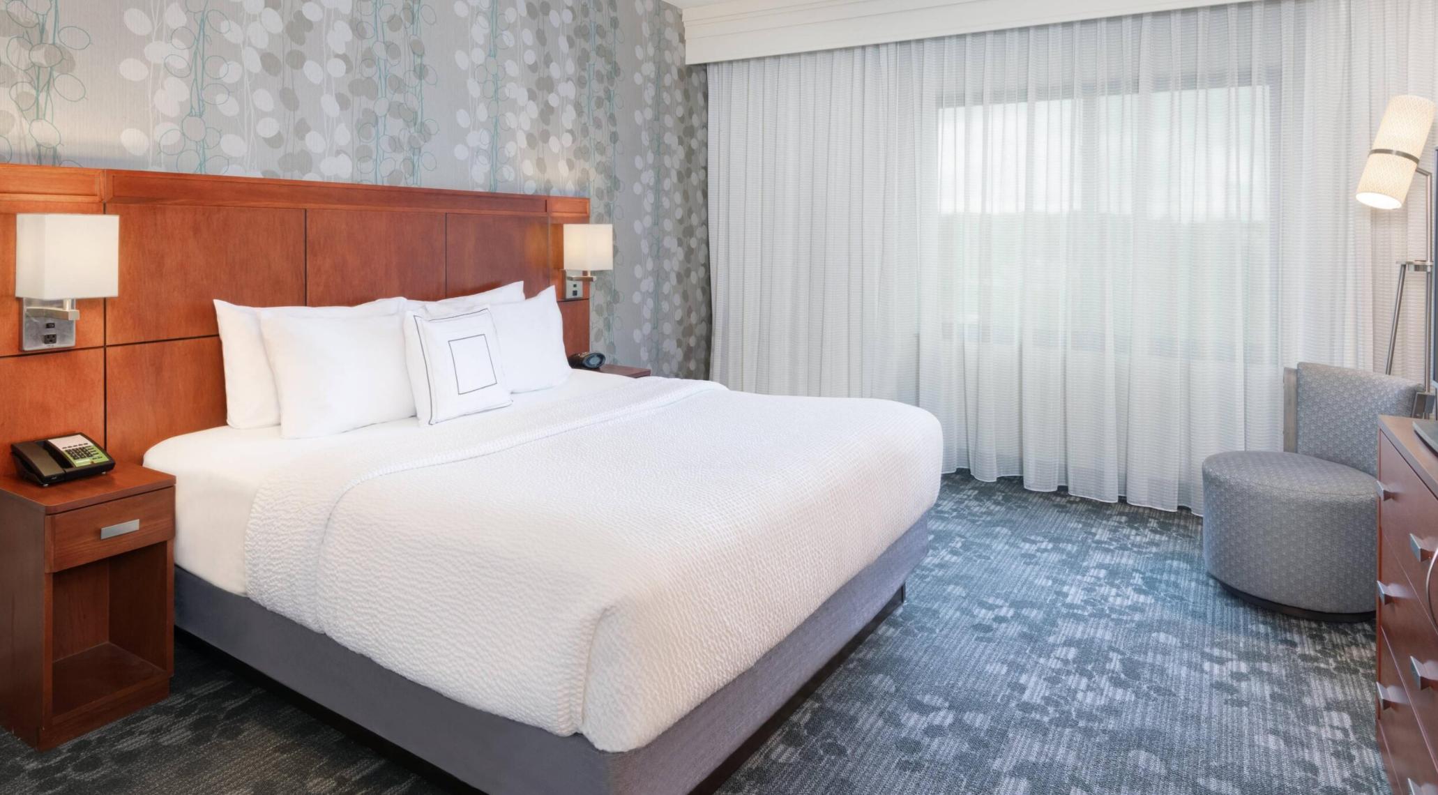 https://www.hotelsbyday.com/_data/default-hotel_image/3/18063/screenshot-2020-06-10-at-7-02-49-pm.png