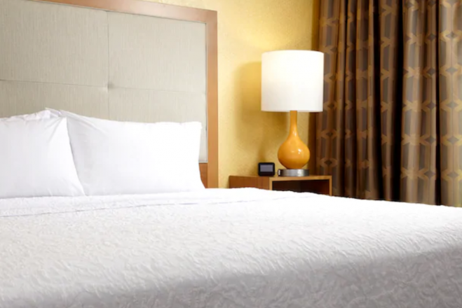 Hampton Inn & Suites Pittsburgh Airport South–Settlers Ridge