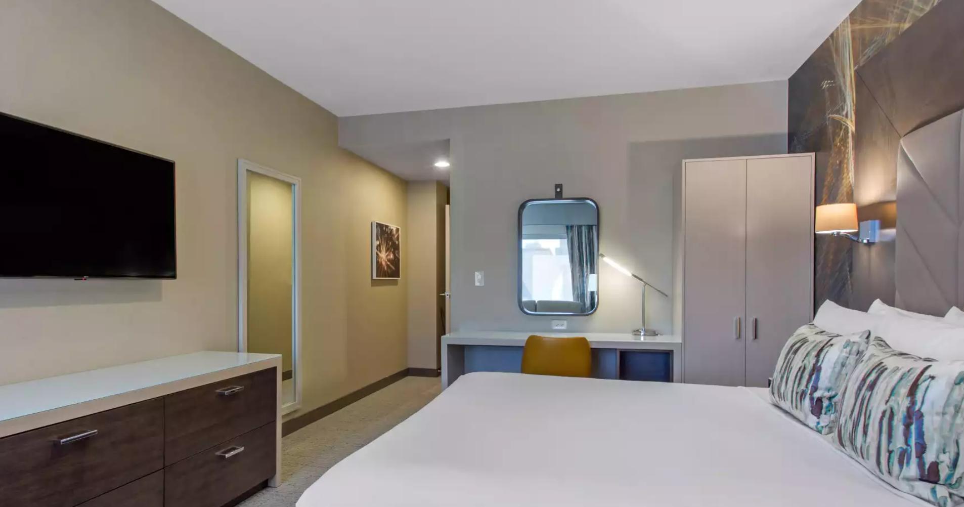 https://www.hotelsbyday.com/_data/default-hotel_image/3/18185/screenshot-2020-06-11-at-3-59-59-pm.png
