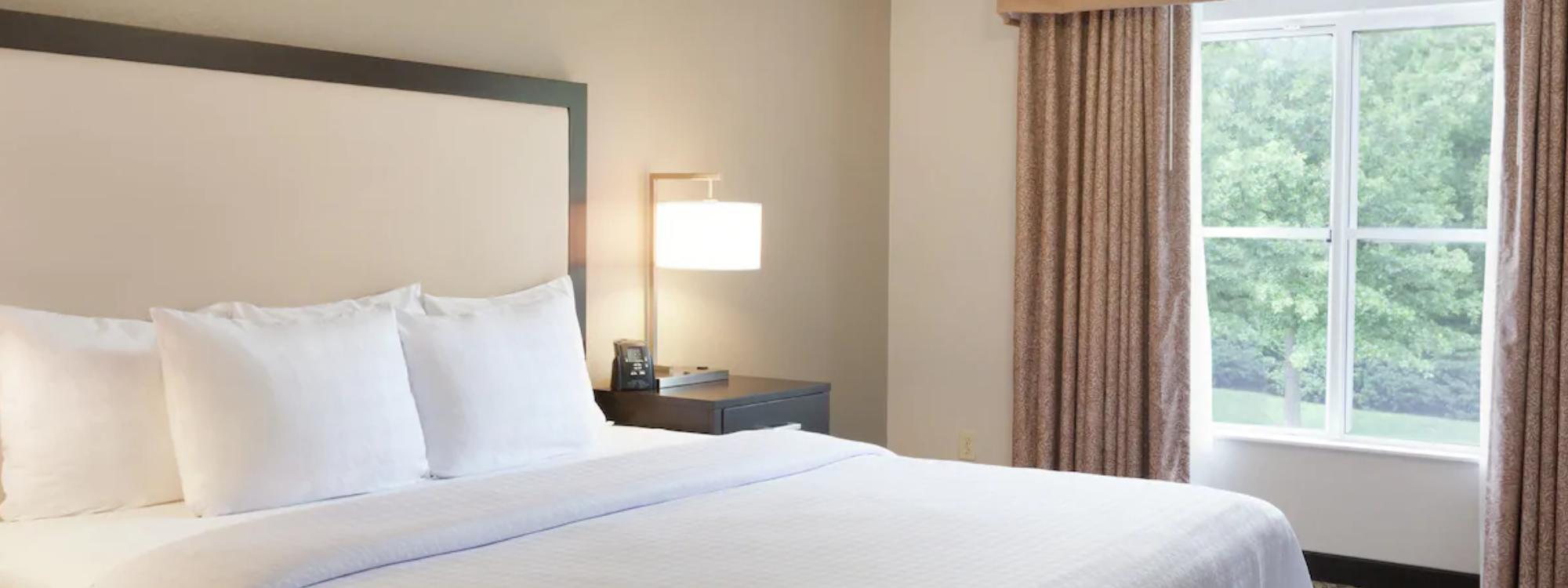 https://www.hotelsbyday.com/_data/default-hotel_image/3/18203/screenshot-2020-06-11-at-4-22-48-pm.png
