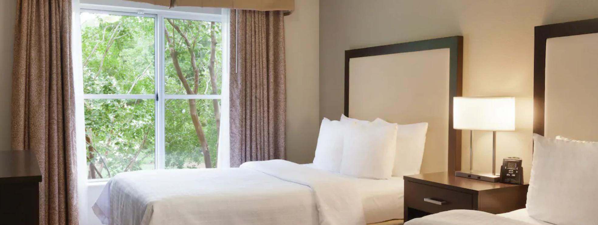 https://www.hotelsbyday.com/_data/default-hotel_image/3/18204/screenshot-2020-06-11-at-4-23-44-pm.png