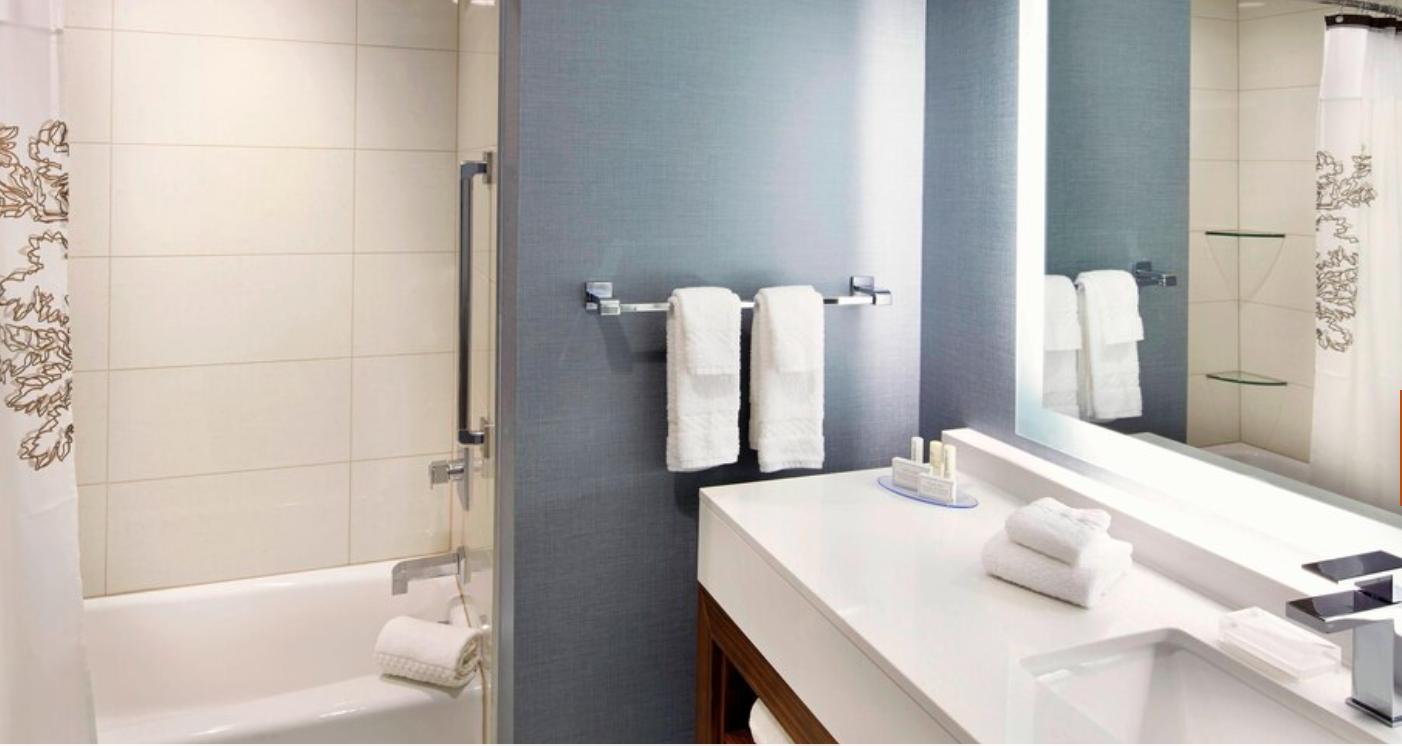 https://www.hotelsbyday.com/_data/default-hotel_image/3/18230/screenshot-2020-06-11-at-4-55-55-pm.png