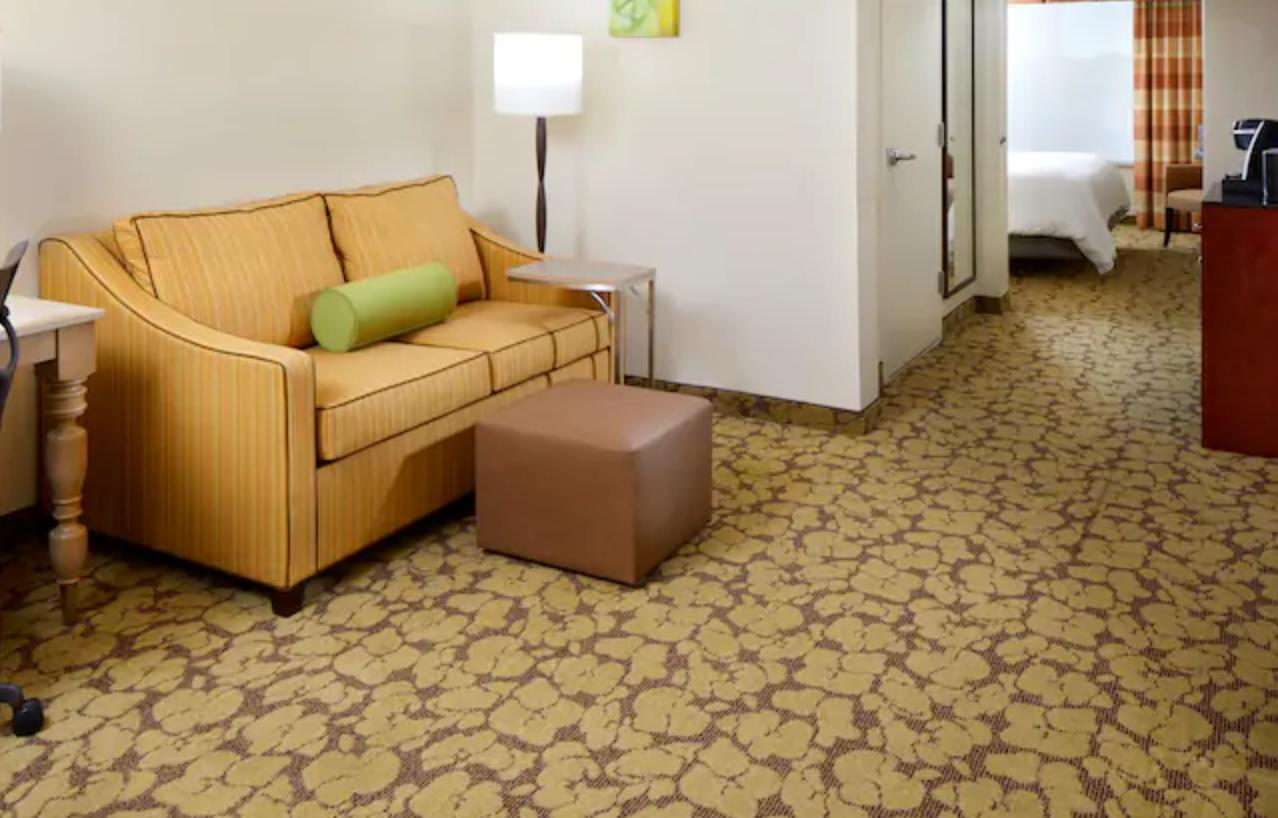 https://www.hotelsbyday.com/_data/default-hotel_image/3/18255/screenshot-2020-06-11-at-5-21-51-pm.png