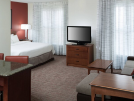 Hotel Residence Inn Fort Worth Cultural District image