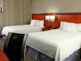 Hotel Courtyard Dayton- University Of Dayton image