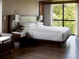 Hotel Marriott Columbus University Area image