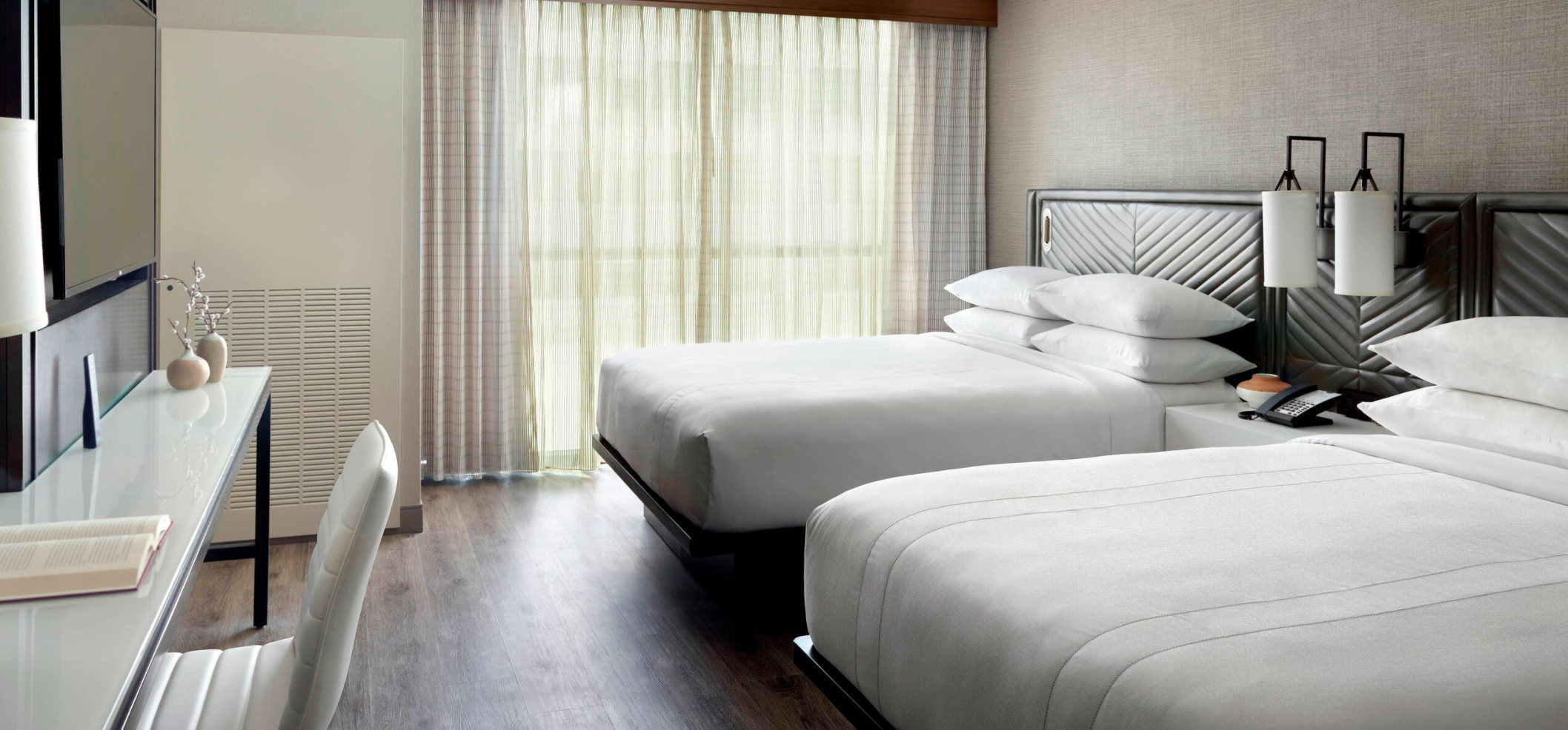 https://www.hotelsbyday.com/_data/default-hotel_image/3/18510/screenshot-2020-06-12-at-5-10-28-pm.png